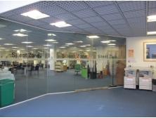 圖書館和電子閱覽室